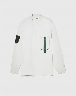 A detachable Pocket gery shirt