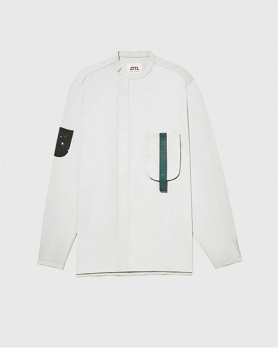 Shirt with 1 removable pocket